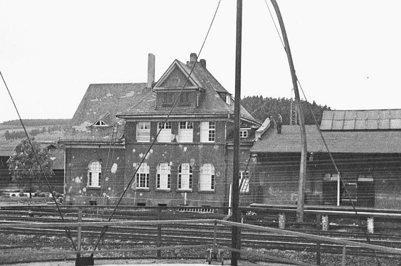 Nach dem Luftangriff 1940 auf Wissen, getroffen wurde auch der Güterbahnhof