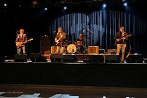 Hamburg Blues Band feat. Chris Farlow and Krissy Matthews